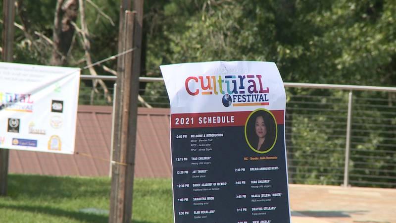 River Prairie Cultural Festival was held in Altoona's River Prairie Park