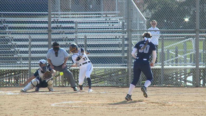 UW-Eau Claire softball