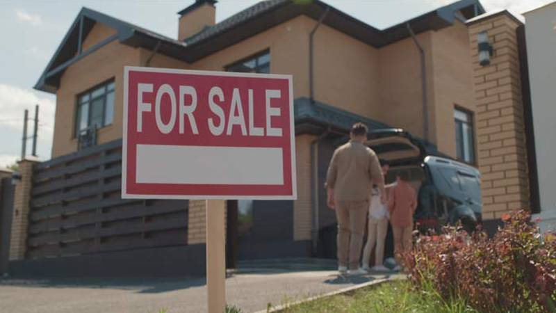 The data from the Case-Shiller Index reveals Charleston median home prices jumped from $281,370...