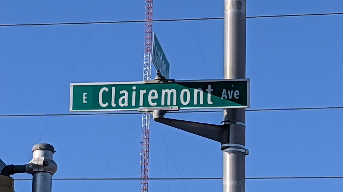 A road sign for E. Clairemont Ave. in Eau Claire, Wis.