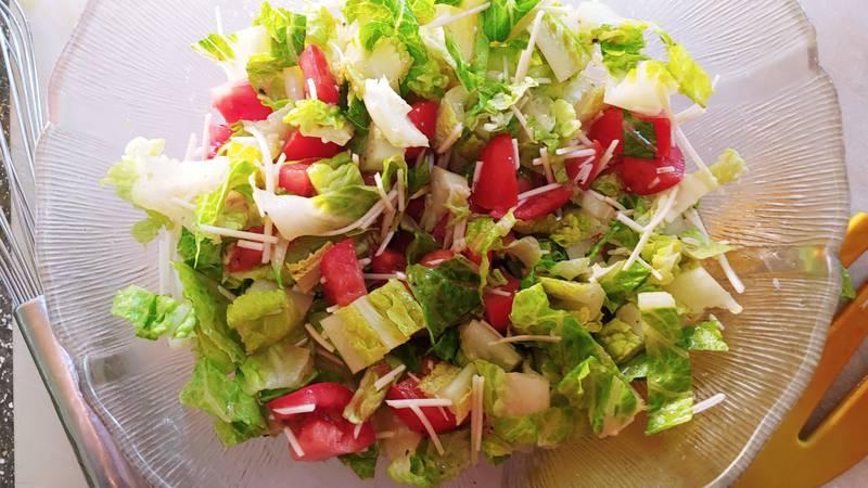 Harvest of the Month-Lettuce