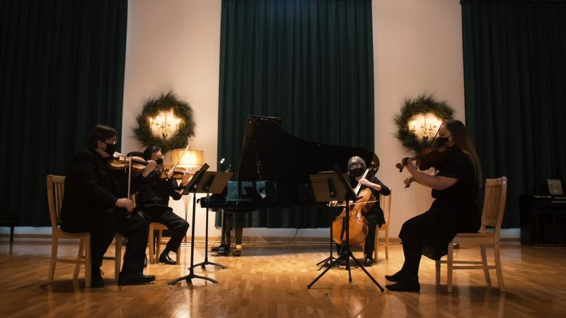 A virtual Christmas concert by a string quartet of Chippewa Valley Symphony...