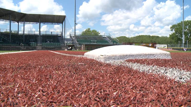 The La Crosse Loggers prepare to welcome fans on Wednesday