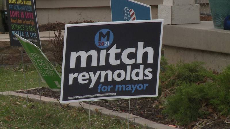 Campaign sign for Mitch Reynolds