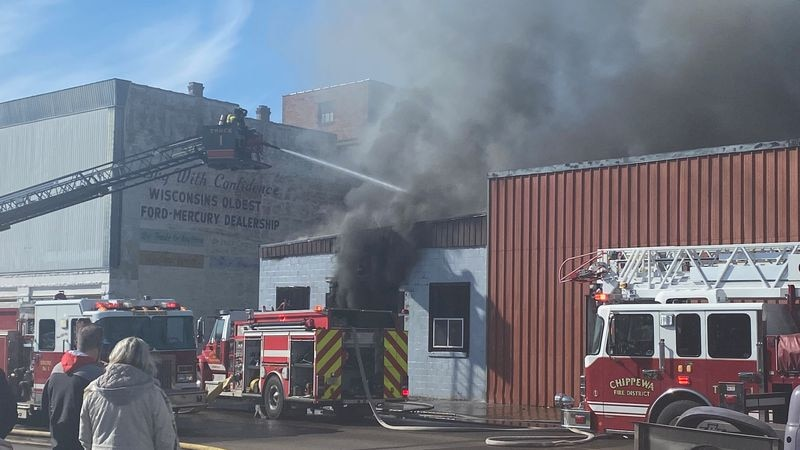 Building fire in Chippewa Falls