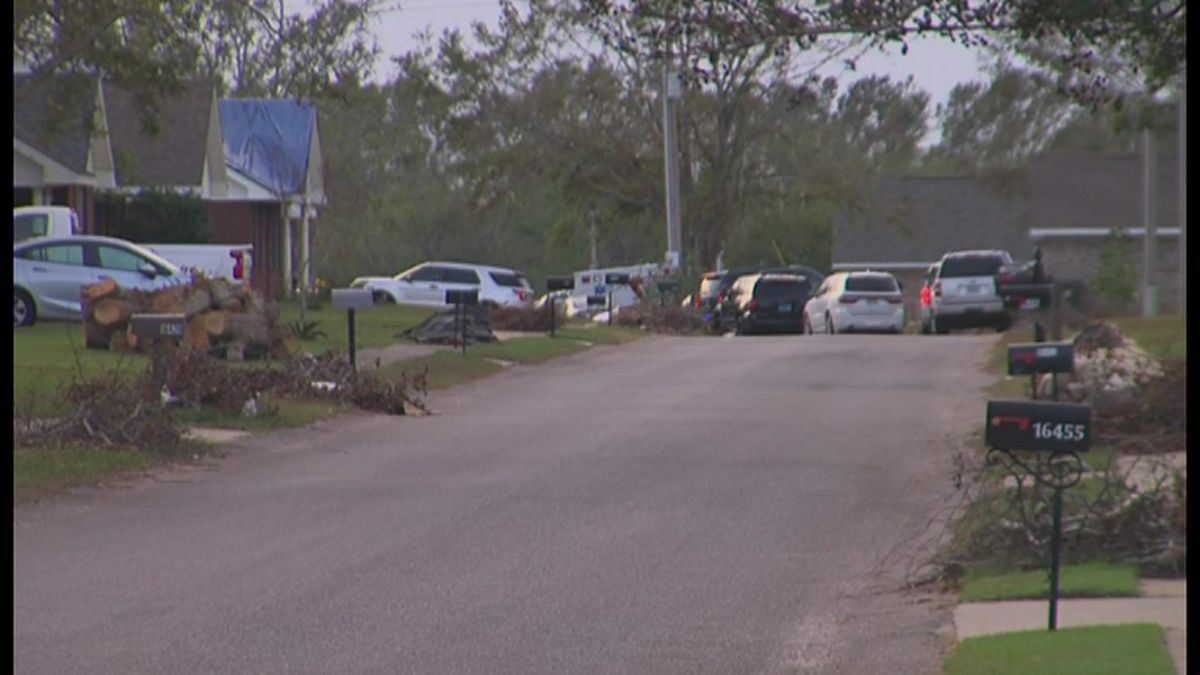 The crash occurred southeast of Mobile, near the city of Foley and the town of Magnolia Springs.
