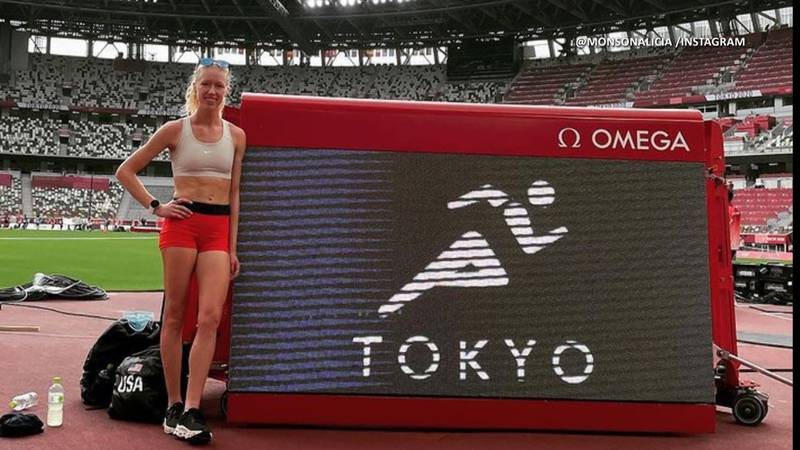 Alicia Monson preparing at the track in Tokyo ahead of the Women's 10,000m race this Saturday.