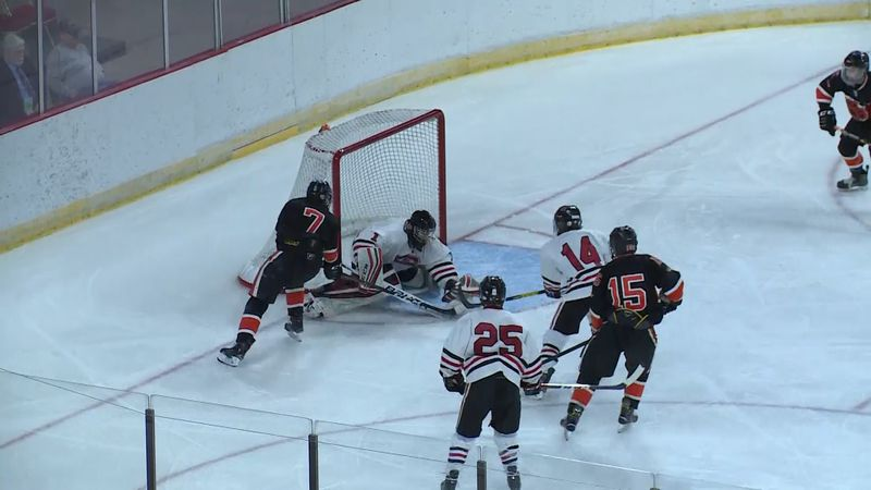 Chippewa Falls battles Verona in the state hockey semifinal