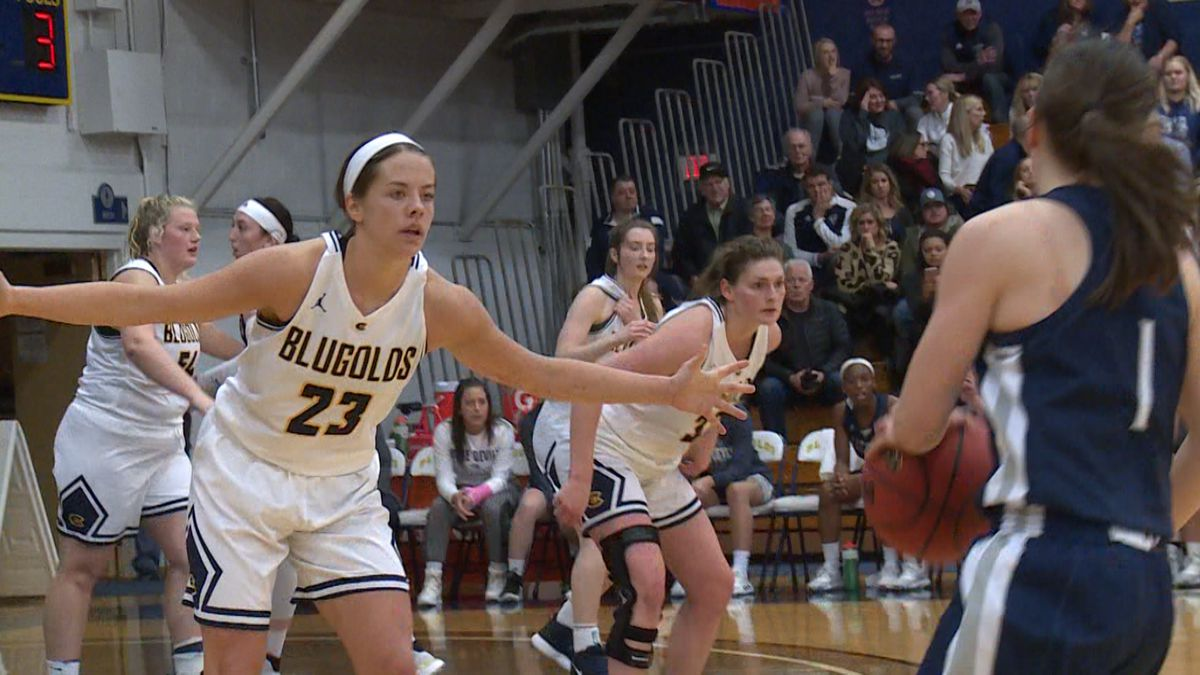 Hallee Hoeppner (23) and Anna Graaskamp (32) run back on defense after the Blugolds scored against UW-Stout.