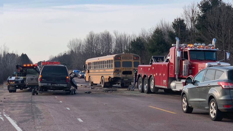 Bus crash in the town of Carson (March 9, 2021)