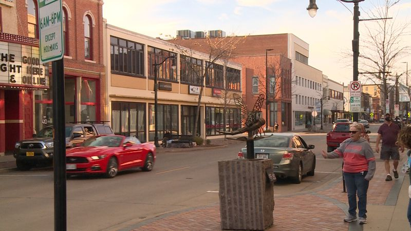 Downtown Eau Claire businesses are struggling but adapting to the pandemic with winter on it way.