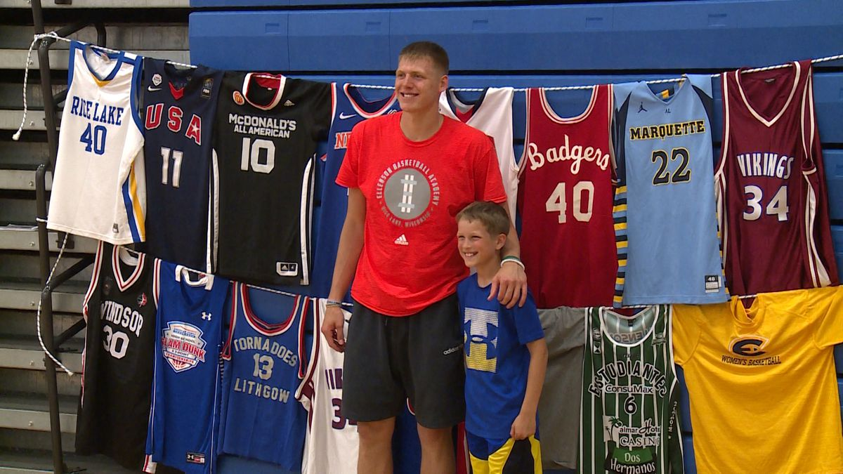 Henry Ellenson at his basketball camp in Rice Lake