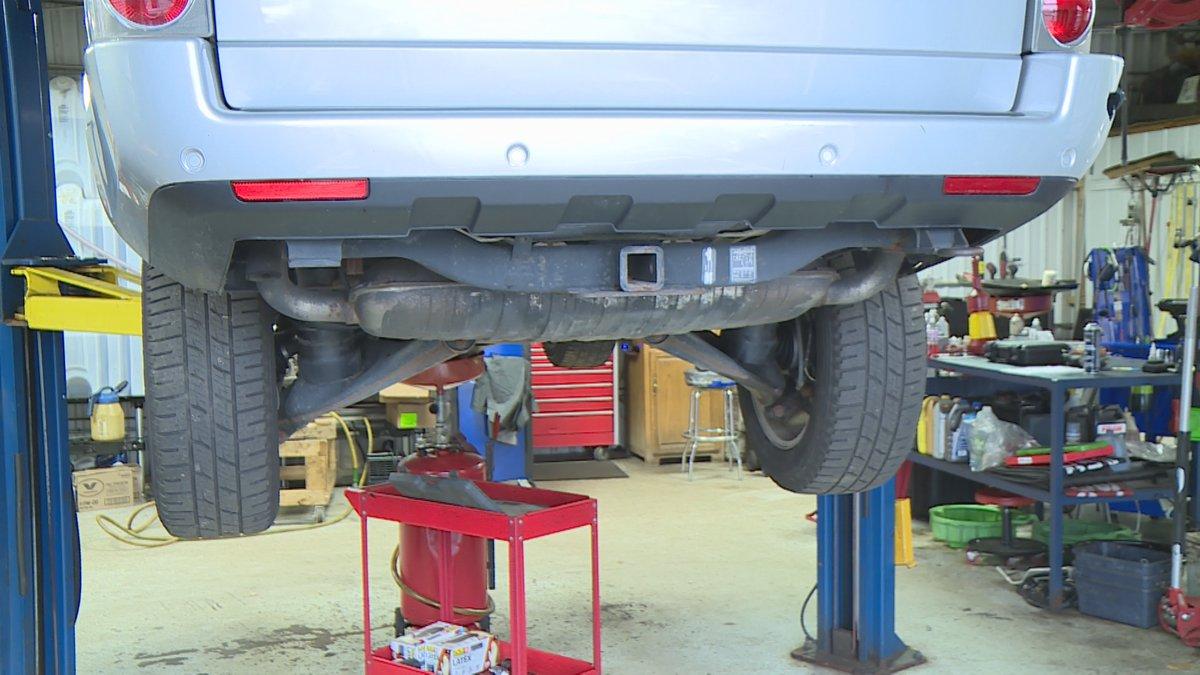 Auto repair shops facing delays on parts