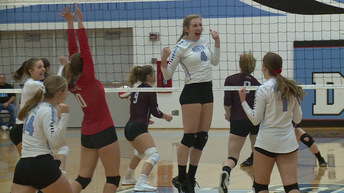 Eau Claire North takes on Menomonie in regional volleyball